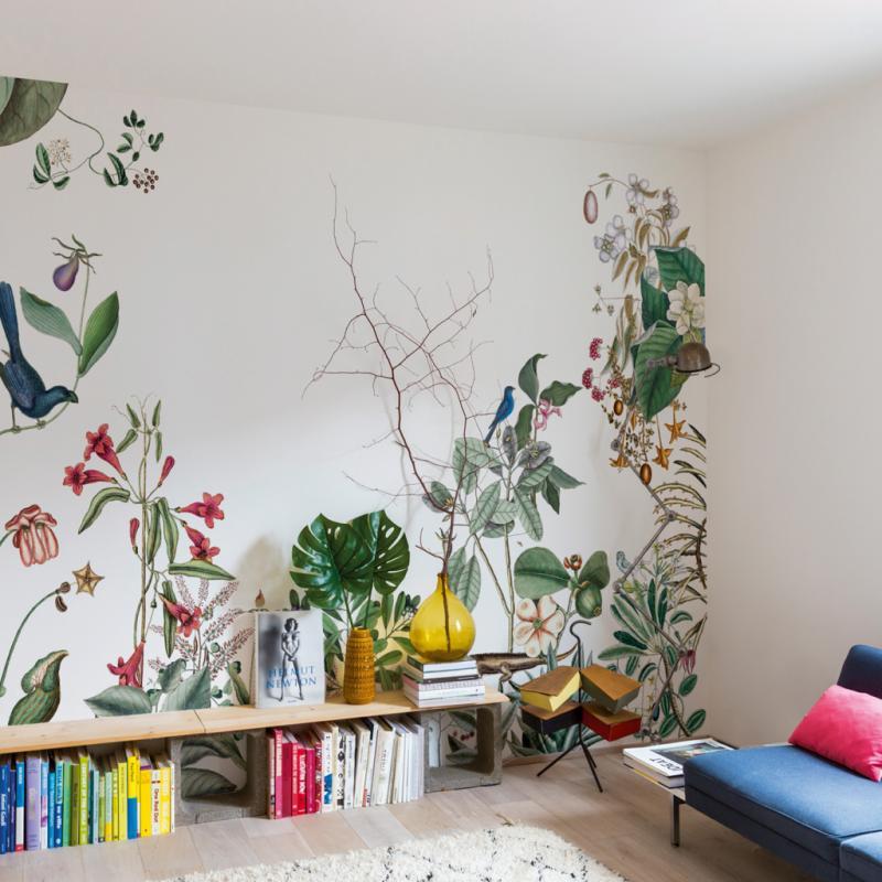 """Bahamas, papier peint panoramique (H: 280cm; L: 91,4cm), 450€. Bien Fait, <a href=""""http://www.bien-fait-paris.com"""">www.bien-fait-paris.com</a>"""