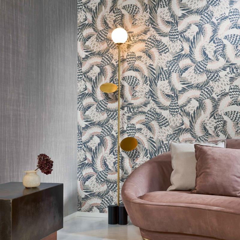 """Air, papier peint de la collection Takara en papier tissé avec motif imprimé, 69€ par mètre pour 90cm. Arte, <a href=""""http://www.arte-international.com"""">www.arte-international.com</a>"""