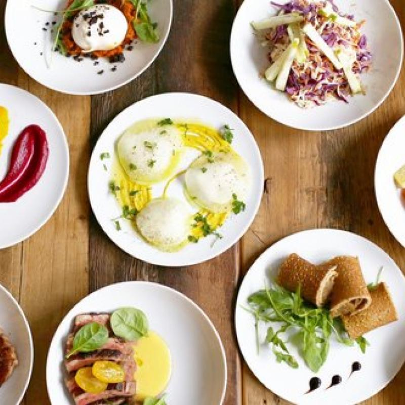 """Une adresse dans le Brabant Wallon, qui affiche ses fournisseurs locaux et privilégie les produits de terroir et les légumes de saison en circuit ultra-court. <a href=""""http://www.tero-restaurant.com"""">www.tero-restaurant.com</a>"""