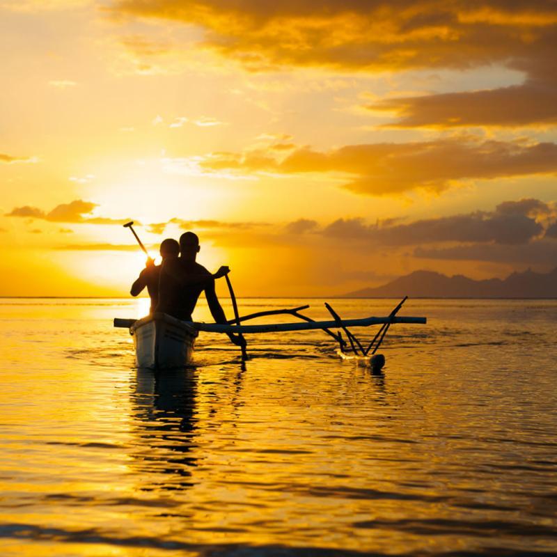 Le troisième jour est le plus dur : 58km jusqu'à l'arrivée. Une plage de rêve au coeur du lagon de Bora-Bora.