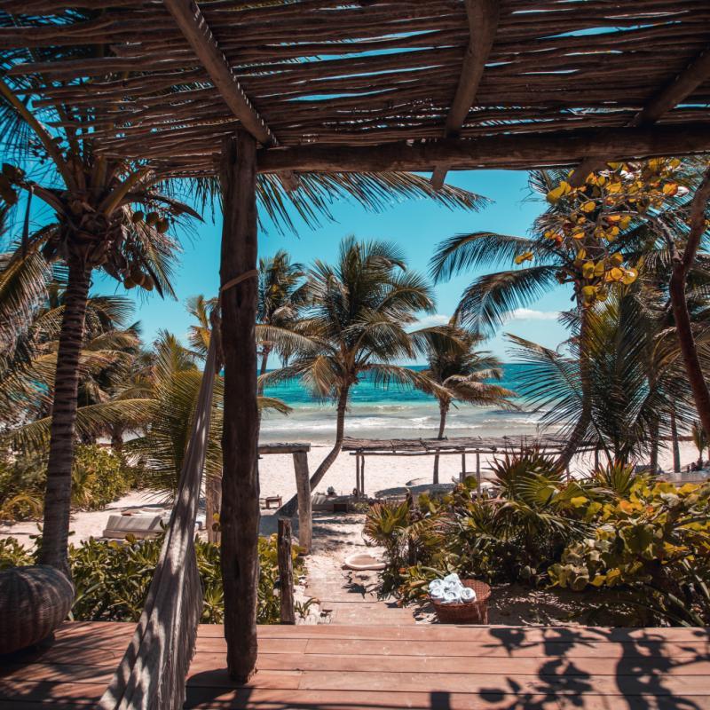 Pour ses plages paradisiaques loin des foules.
