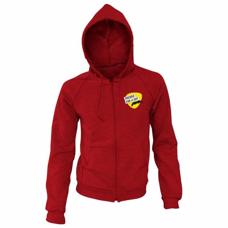 "Pour le shopper, c'est<a href=""https://www.queenonlinestore.com/Queen/*/Freddie-For-A-Day-Red-Hoodie-Large/3GT900000VJ"" target=""_blank""> ici.</a>"