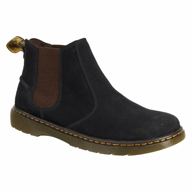 Boots en nubuck brun, Dr Martens, 125 €.