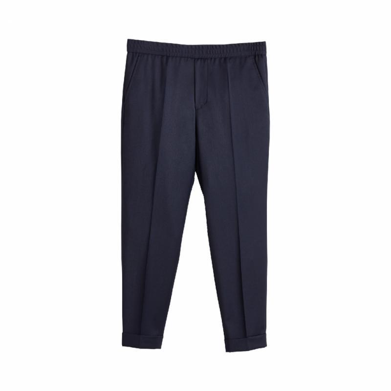 Pantalon droit, Filippa K, 175€.