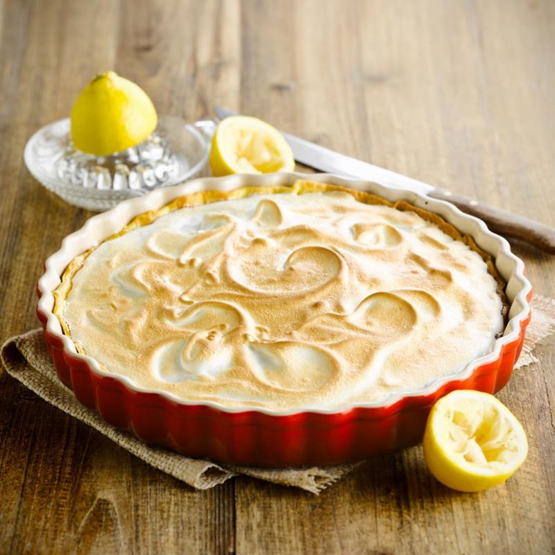 Le kit de pâtisserie pour maman gâteau. Plat à tartes, 28 cm, Le Creuset, 59 €.