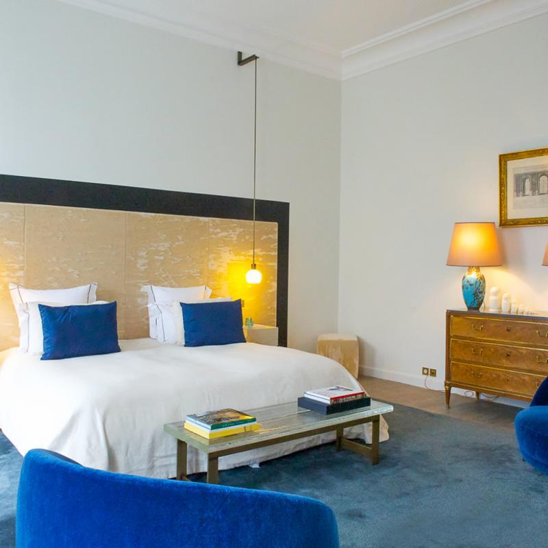 Chaque chambre a été inspirée par la vie et les goûts de son illustre parrain.
